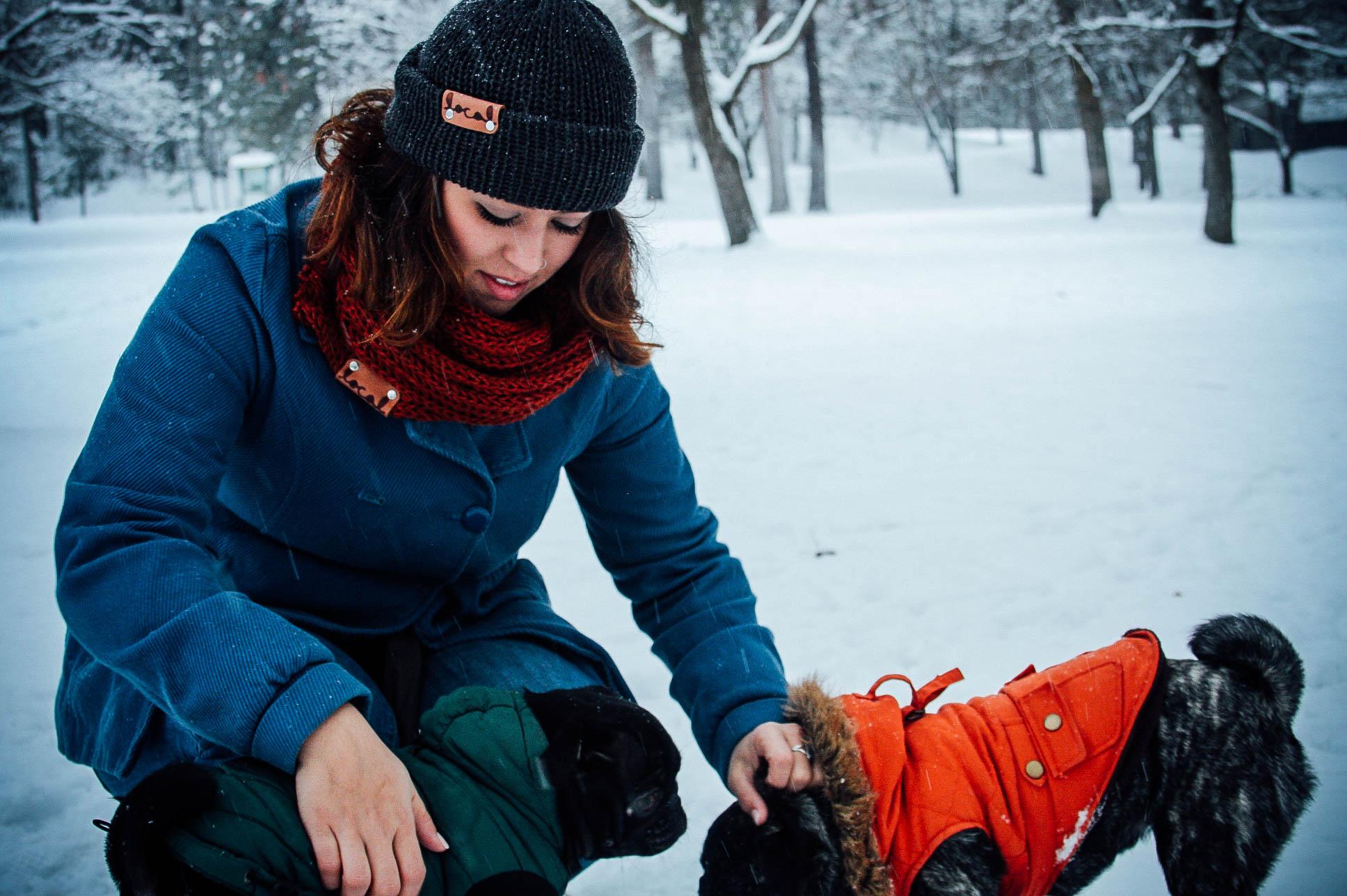 girl-pug-tweed-scarf-local-knits-beanie